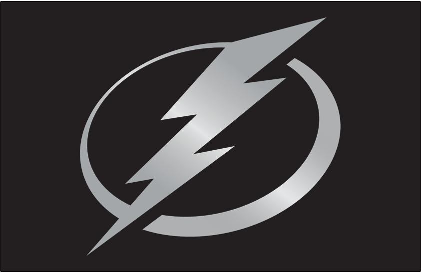 Tampa Bay Lightning Logo Jersey Logo (2018/19-Pres) - Silver lightning bolt logo in circle on a black jersey SportsLogos.Net