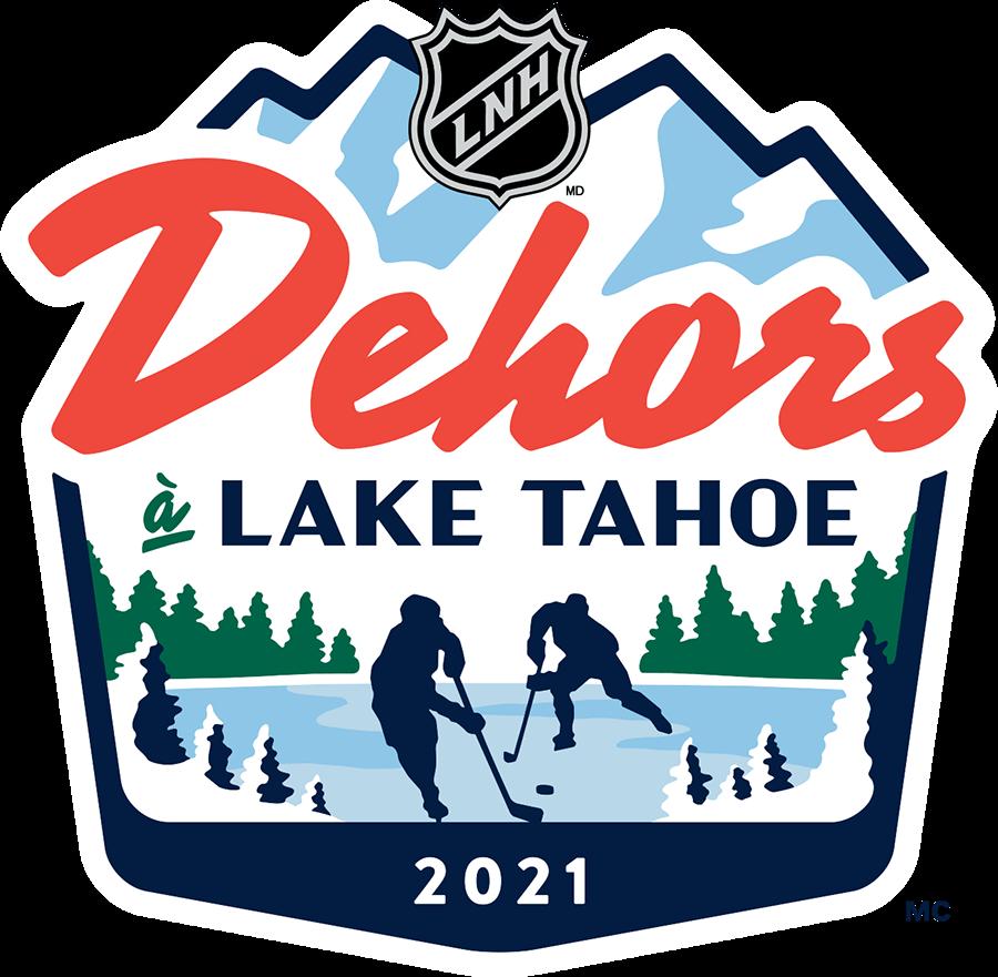 National Hockey League Logo Event Logo (2020/21) - NHL Outoors at Lake Tahoe logo in French. Au cours de la saison abrégée 2020-21 de la LNH, la ligue a organisé deux matchs en plein air disputés à Lake Tahoe, appelés «NHL Outdoors at Lake Tahoe» («Dehors à Lake Tahoe» en français). Le logo de cette spéciale de deux matchs représentait la silhouette de deux joueurs sur un lac gelé entouré de neige et de pins. Le nom de l'événement a été écrit ci-dessus en rouge et bleu avec les sommets d'une montagne au-dessus de tout. SportsLogos.Net