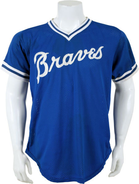 Atlanta Braves Game-Worn Jersey Photo Jersey Photo (1981-1983) - Game-worn Atlanta Braves batting practice jersey, style used from 1981 to 1983 SportsLogos.Net