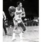 Kansas City Kings (1978) Mike Evans wears the KC Kings home uniform
