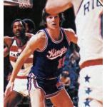 Kansas City-Omaha Kings (1975) Scott Wedman wearing the KC-Omaha Kings road uniform in a game against the Washington Bullets in 1974-75