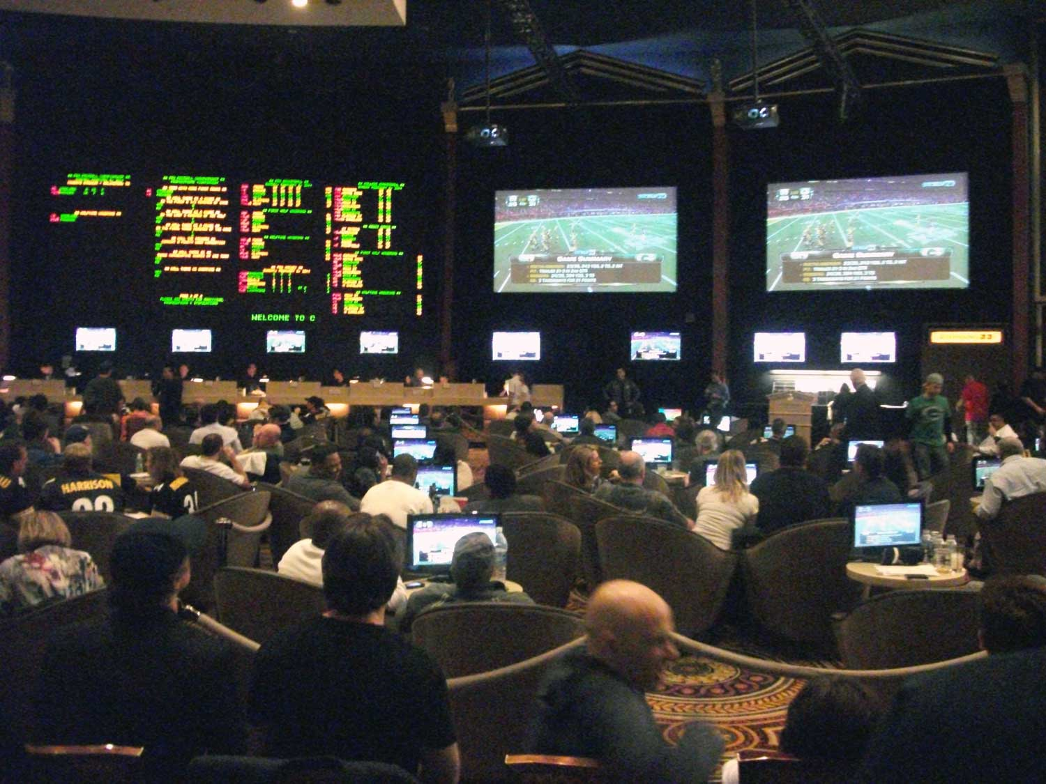 Sports Book Room of Ceasars Palace