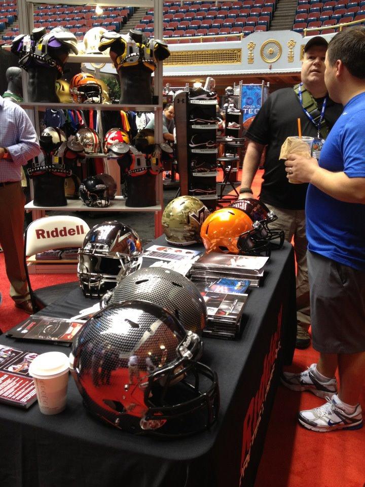 HGI – Hydro Graphics Inc Makes Some Amazing Helmet Designs