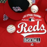 Cincinnati Reds 2013 BP Cap and Spring Training Shirt