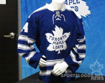 new style 11c2a 1a337 Toronto Maple Leafs 2014 Winter Classic Jersey | Chris ...