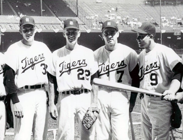 Detroit-Tigers-1960-Home-Uniform.jpg