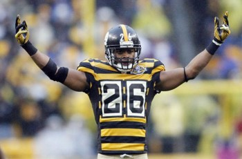 8b77e2907bb Pittsburgh Steelers will continue to wear their 1934 throwbacks next  season. One of the most polarizing football uniforms ...