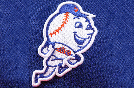 Mr. Met Logo