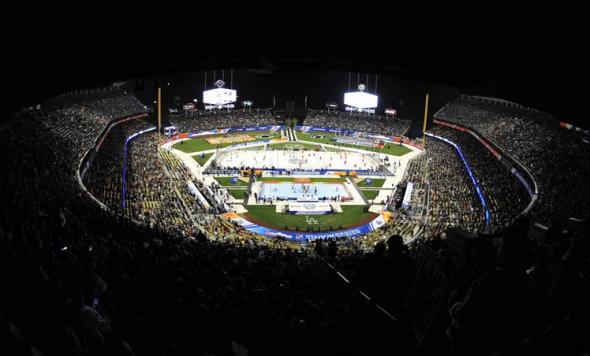 Dodger Stadium 2014 NHL Stadium Series Ducks vs Kings