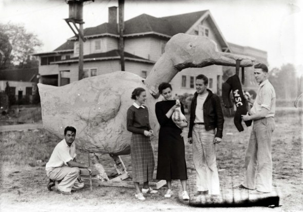 A papier maché duck for homecoming. University of Oregon Libraries.