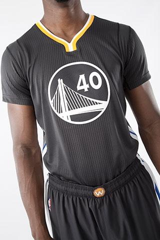 Golden State Warriors Get Sleeved Alt Jerseys Once Again
