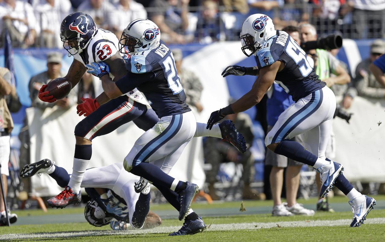 587f7f539 Tennessee Titans Will Be Going Back To Navy As Primary Home Uniform ...