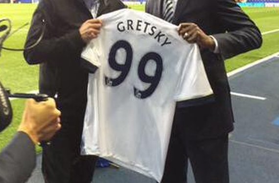 Spurs welcome The Great One to White Hart Lane by misspelling his name