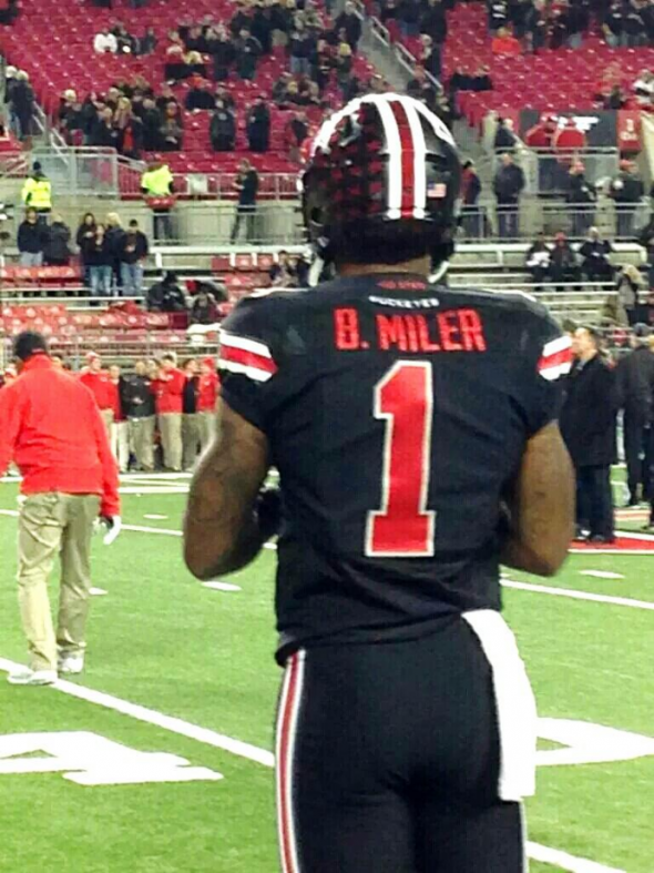 pretty nice 9fa56 e0f48 Braxton Miller's black Ohio State jersey has a slight error ...