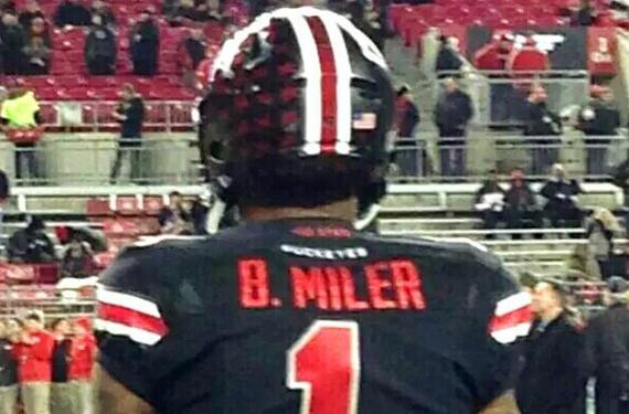 pretty nice 29b3e 9b3a4 Braxton Miller's black Ohio State jersey has a slight error ...