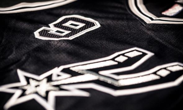 Spurs jersey 6
