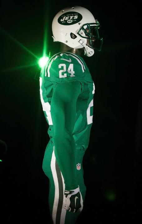 17833ceeb03 Buffalo Bills and New York Jets officially unveil Color Rush ...