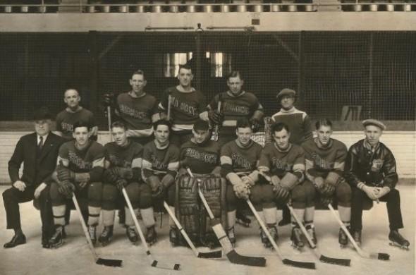 Seattle Sea Hawks hockey was a thing 1934-40. Via http://sportspressnw.com/2123766/2012/wayback-machine-sports-star-of-year-1935-49