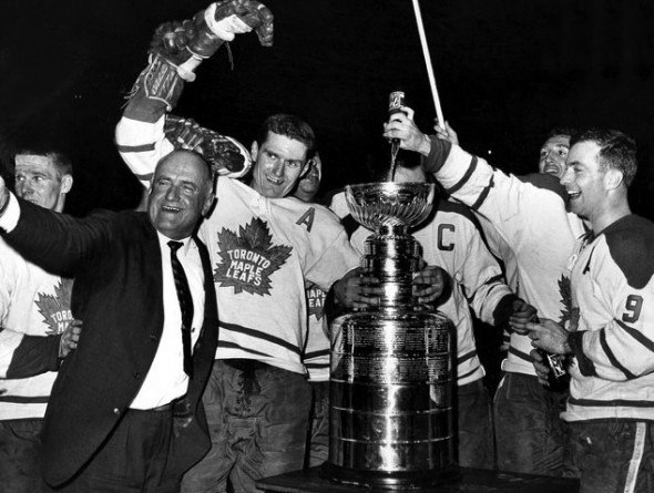 Maple Leafs wore a similar logo in the 1960s, this photo above from 1962