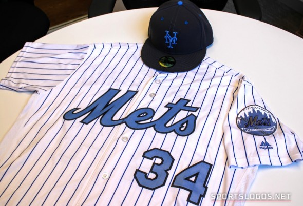 New York Mets Father's Day Uniform (Photo: Chris Creamer/SportsLogos.Net)
