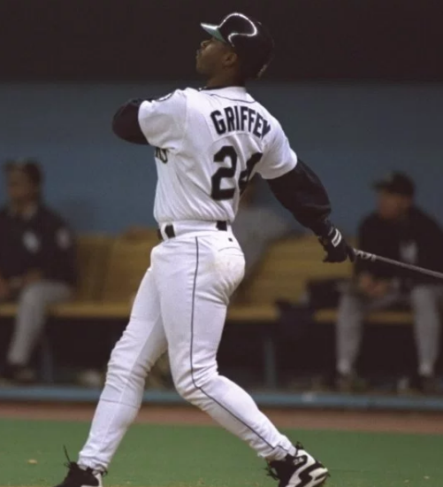 Mariners to Wear Ken Griffey Jr Patches In-Game