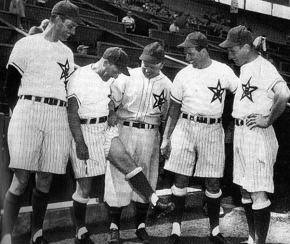 The Hollywood Stars (PCL) wore shorts in 1950