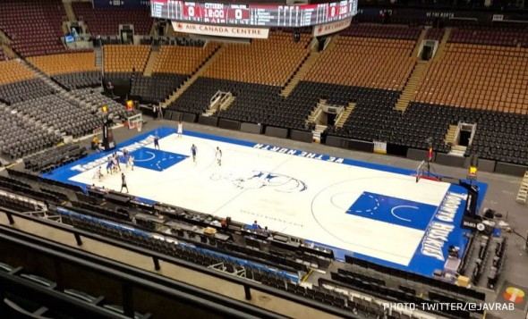 Raptors Throwback Huskies Court