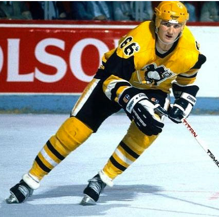 The Penguins regularly wore yellow uniforms in the mid 1980s
