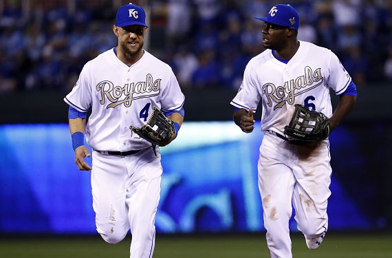 Kansas City Royals Tease Return of Gold Uniform in 2017