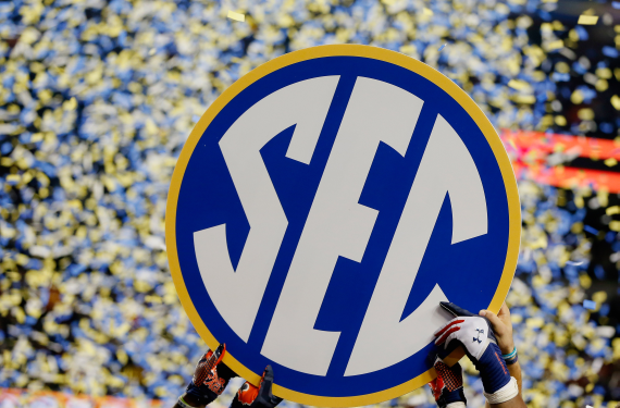 2016 SEC Championship will use endzone designs from team stadiums
