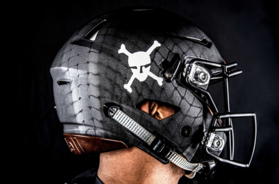 Army unveils special uniforms for 2016 Army-Navy Game