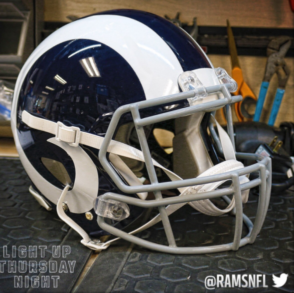 rams white helmet 1