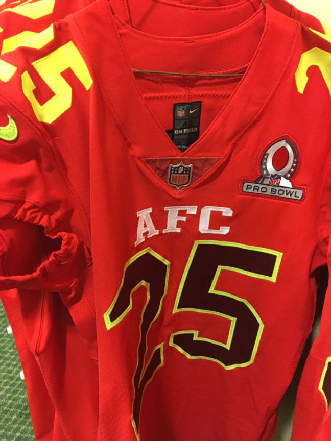 2017 Pro Bowl Uniforms Return To Red And Blue But Add