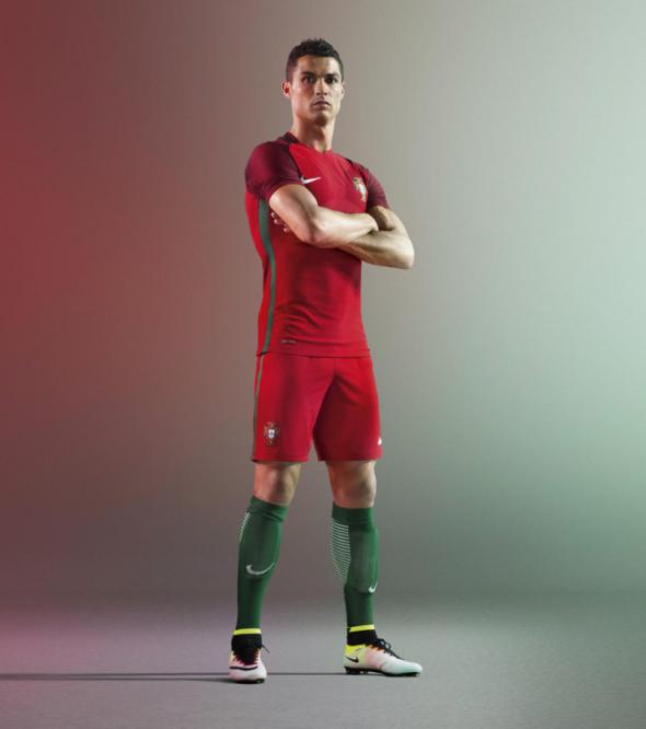 Nike red portugal
