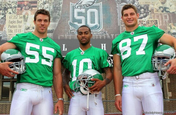 Eagles owner confirms that they want to bring back kelly green uniforms