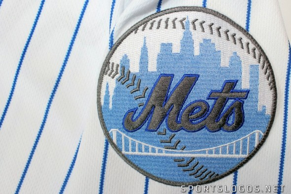 2017 MLB Fathers Day Team Patch Logo Detail