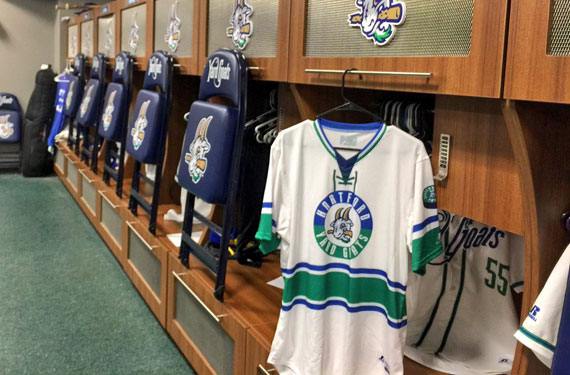 Hartford Yard Goats unveil Whalers-themed jerseys
