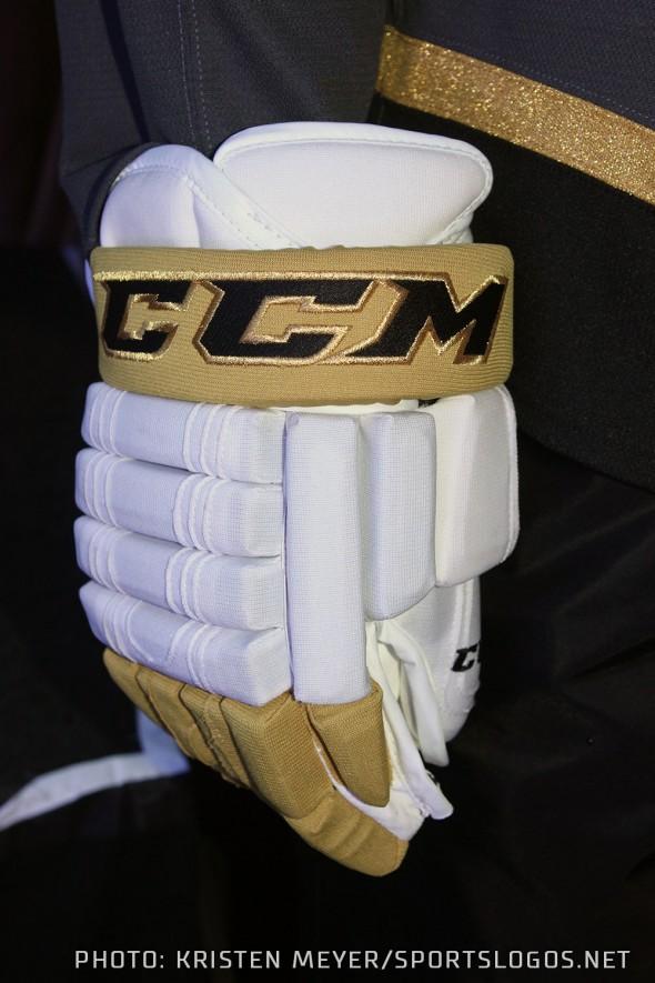 Vegas White Gloves