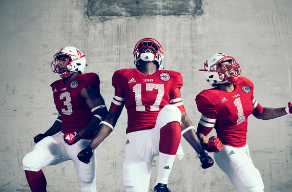 Nebraska Cornhuskers pay tribute to 1997 football team with mesh-numbered jerseys