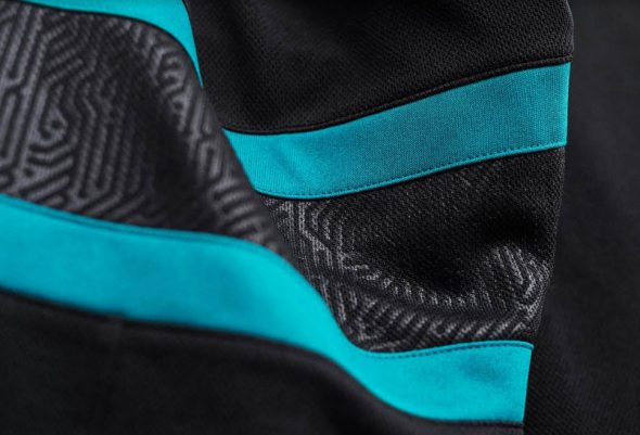 954c8ee00 Sharks Switch to Stealth Mode with New Alternate Uniform