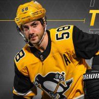 finest selection 0c45a 313b6 Penguins Unveil New Gold Third Uniform | Chris Creamer's ...
