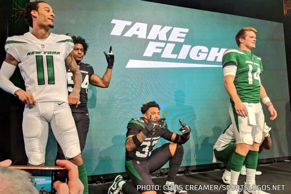new product 5a3f9 f18fa New York Jets Take Flight, Unveil New Logo and Uniforms for ...