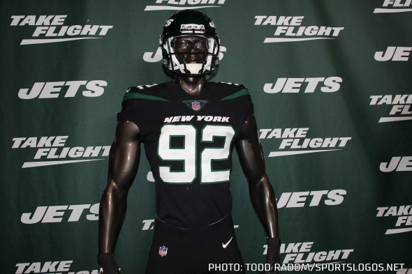 new product 05cad 3e009 New York Jets Take Flight, Unveil New Logo and Uniforms for ...