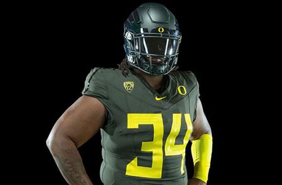 best service fba6e 2c4b3 Oregon Ducks Unveil New Uniforms, Nike Vapor Fusion Template ...