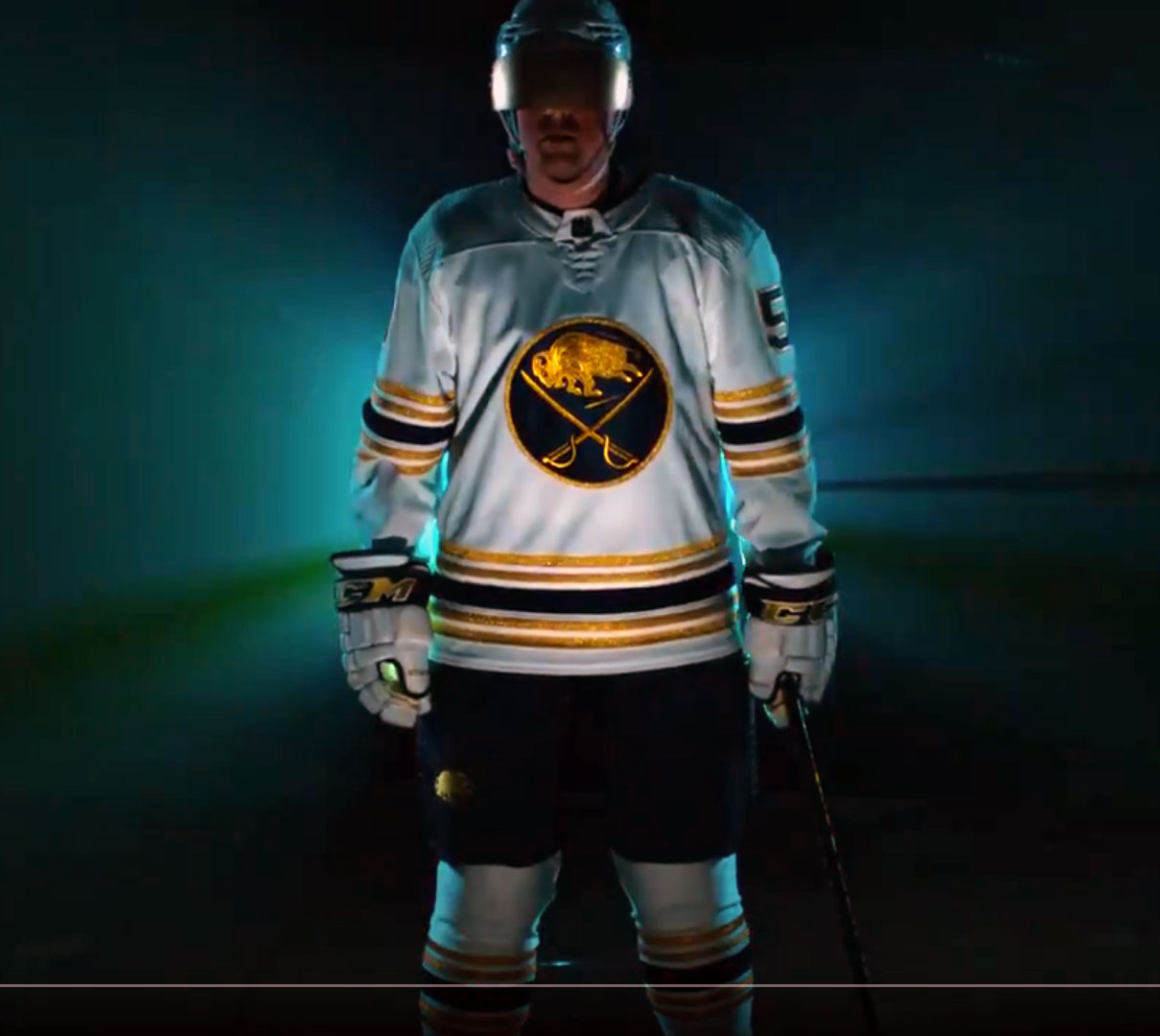Buffalo Sabres Unveil Golden Jersey, Announce Return of Old Colours
