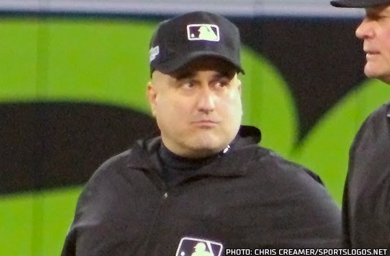 Umpires to Wear JM, EC Patches in 2019 World Series