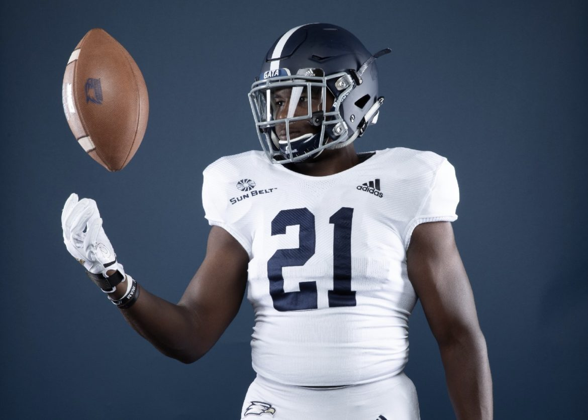 Georgia Southern To Wear Road Uniforms At Home Against UMass