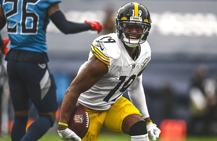 NFL Fines Steelers' Conner, Smith-Schuster For Violating Sock Policy