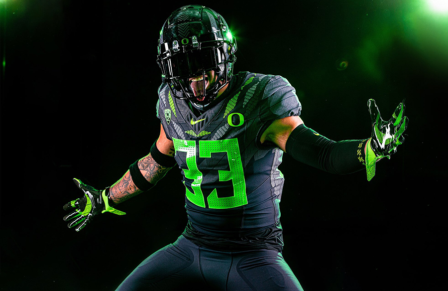 "Oregon Ducks Unveil ""Ohana"" Alternate Uniforms"