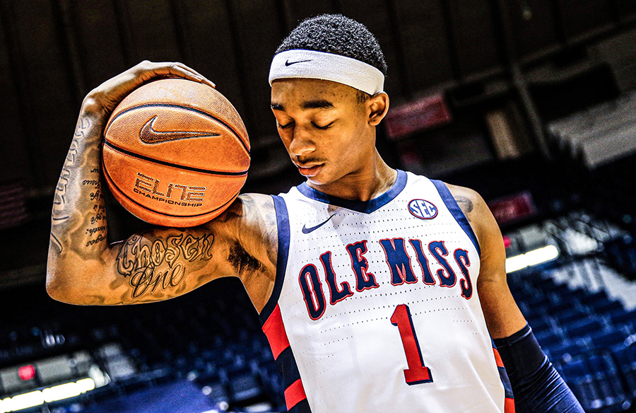 Ole Miss Rebels To Wear 2000-01 Throwback Uniforms